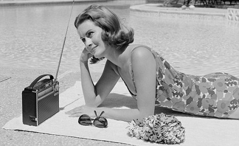Poolside radio